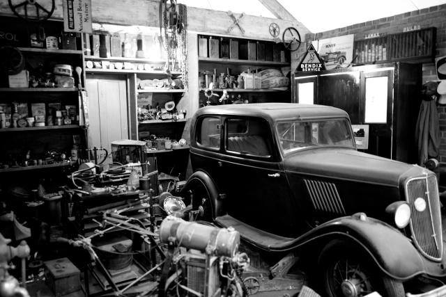 Workshop, including dust....